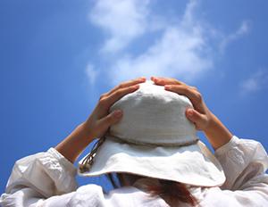 夏の強い紫外線が頭皮、毛髪に与える影響 紫外線A波(UV-A)紫外線B波(UV-B)